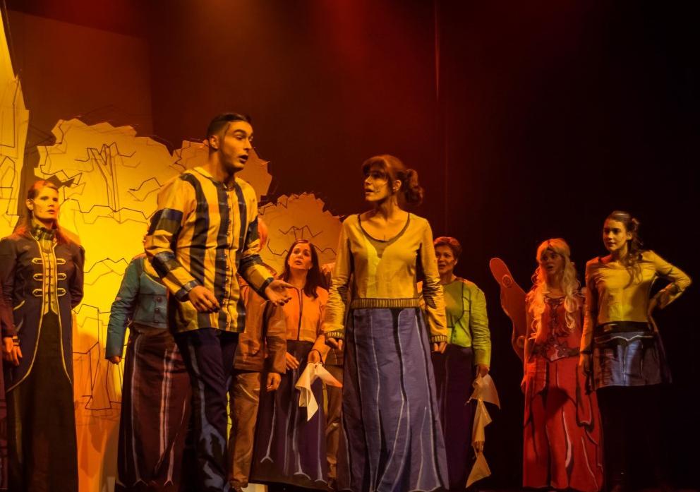 Hé-Cabaret & Theatergroep